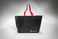 LUXURY HANDMADE PAPER CARRIER BAG WITH ELEGANT STITCHING AND ZIP | FORMBAGS SpA